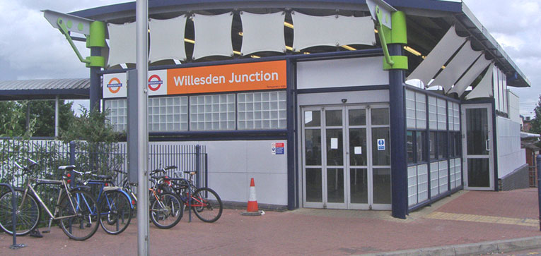 Wwilesden Junction Station